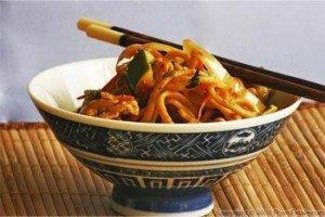 01-nouilles-chinoises-aux-legumes-300x200